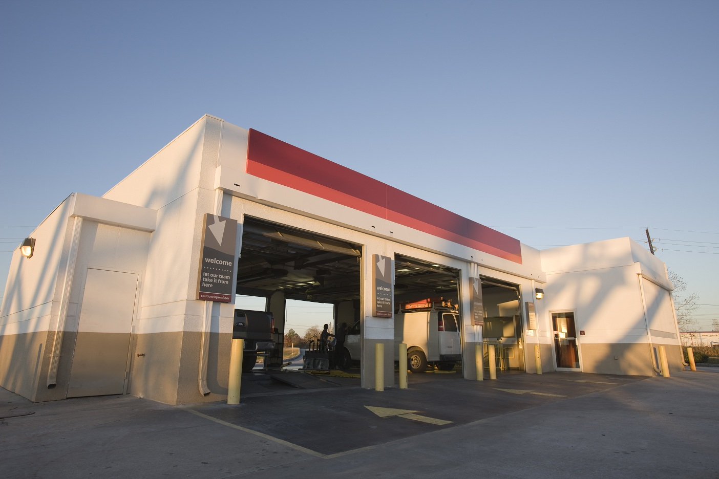 Jiffy Lube in La Canada, CA