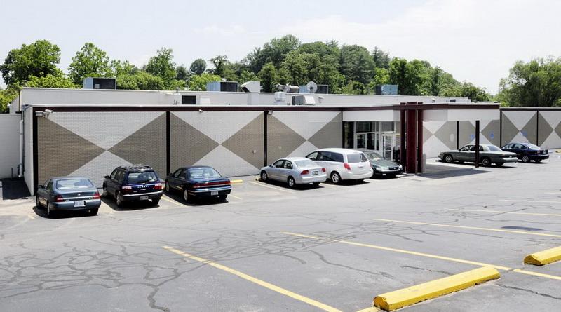Bowlero Corp in Asheville, NC