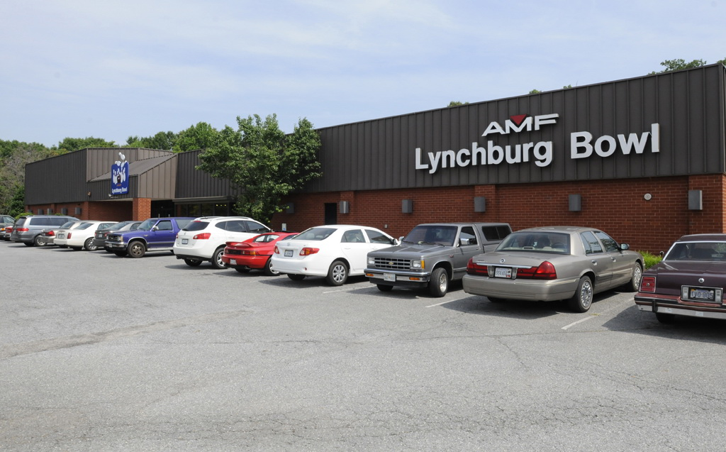 Bowlmor AMF in Lynchburg, VA