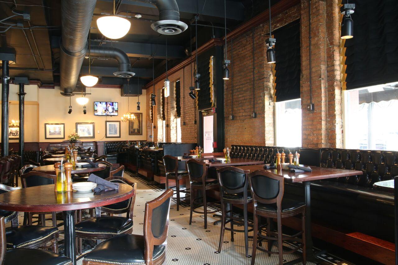 Maggiano's in Chicago, IL