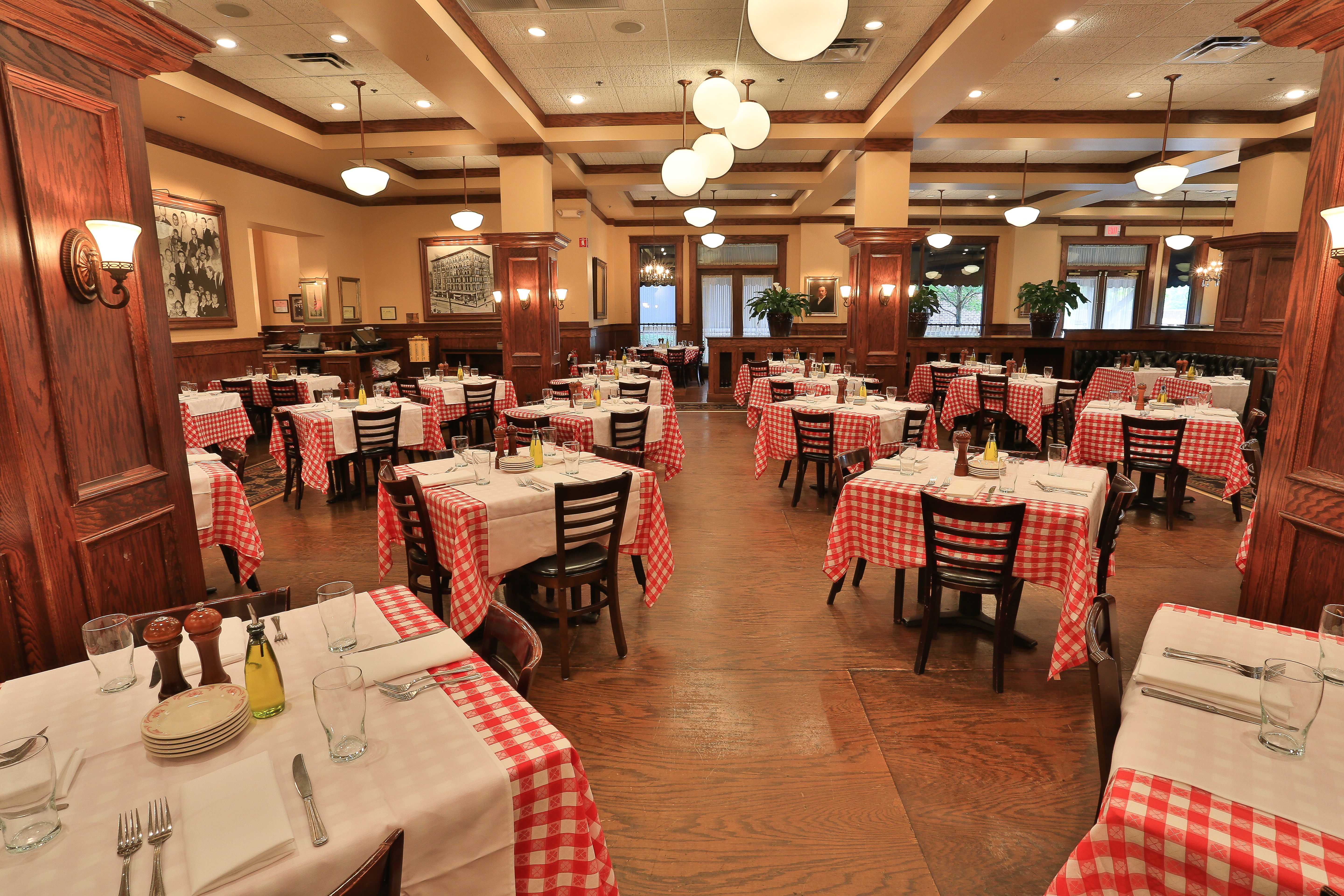 Maggiano's in Troy, MI
