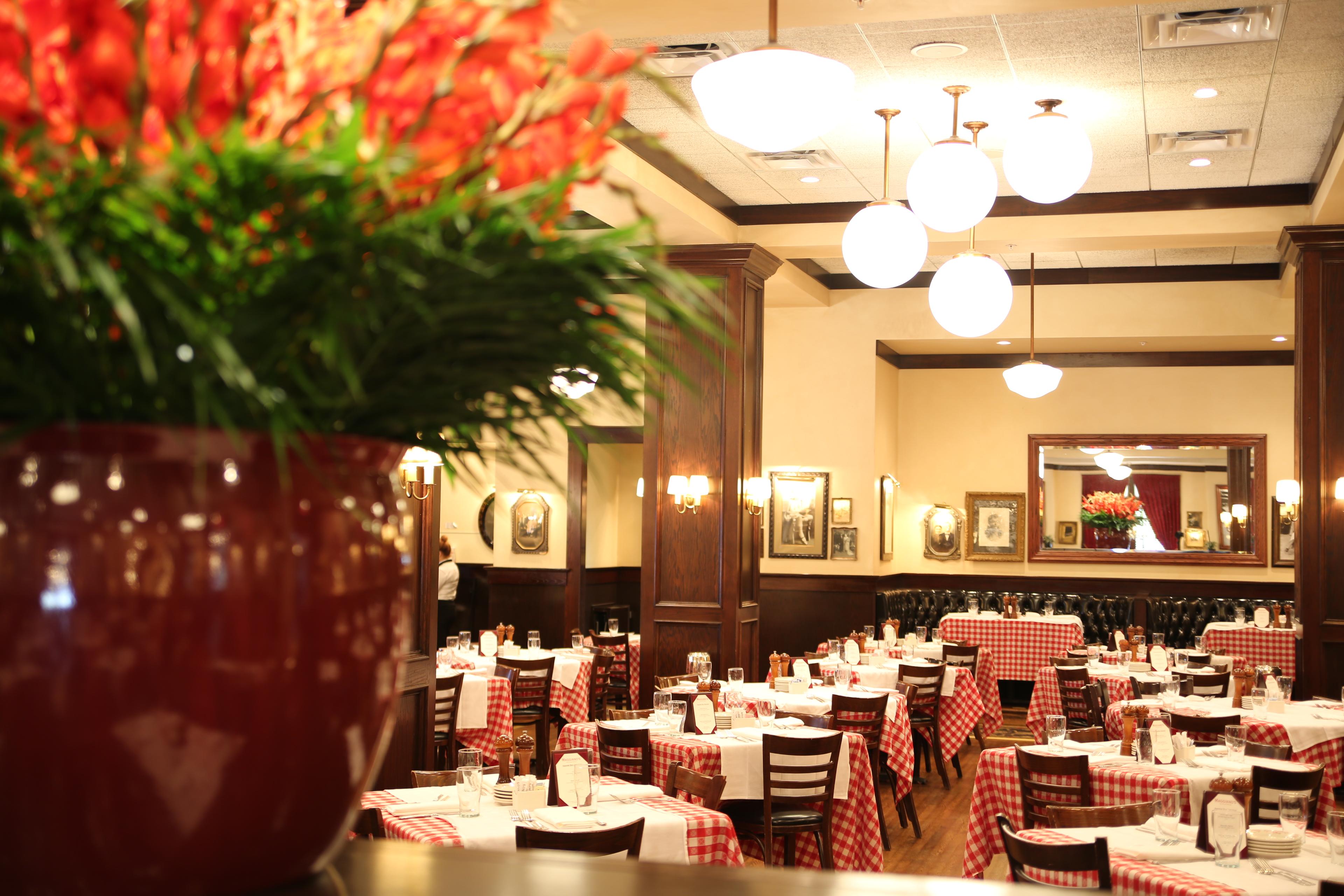 Maggiano's in Naperville, IL